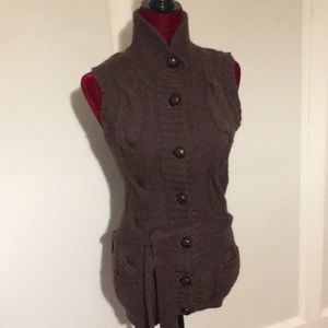 H&M Brown Wool buttoned Vest